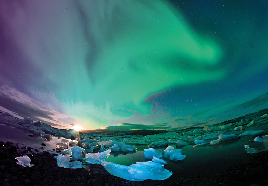 iceland and the northern lights short breaks by air. Black Bedroom Furniture Sets. Home Design Ideas